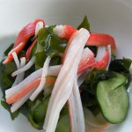 Vinegary salad of cucumber and wakame recipes