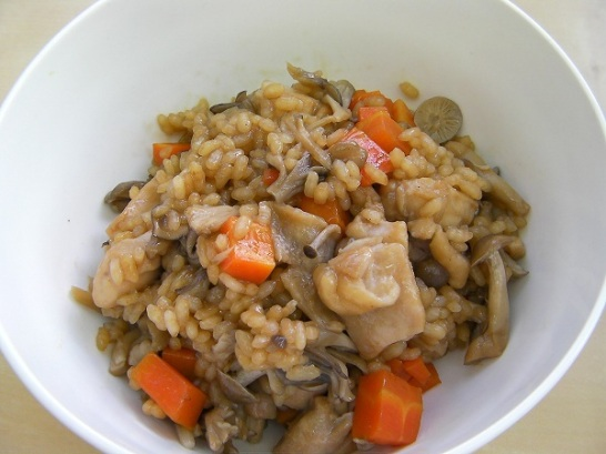 Rice cooked with mushrooms (2)