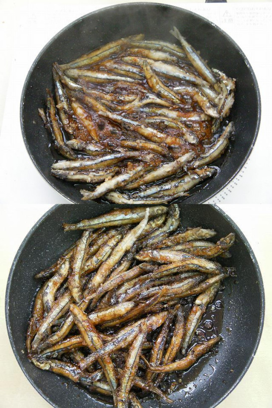 Small fish boiled in soy sauce (10)new3